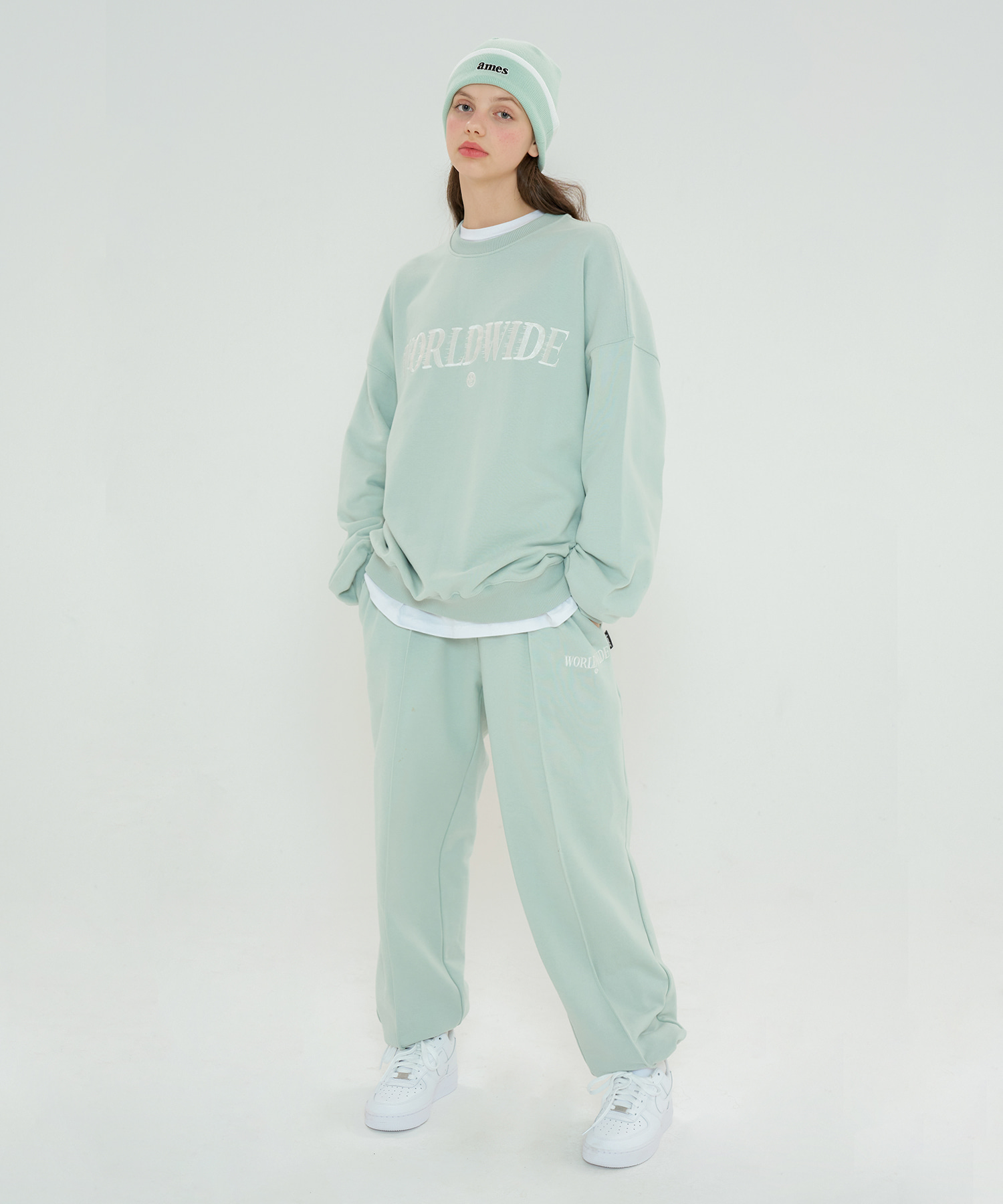 MOVING PINTUCK SWEATPANTS_MT