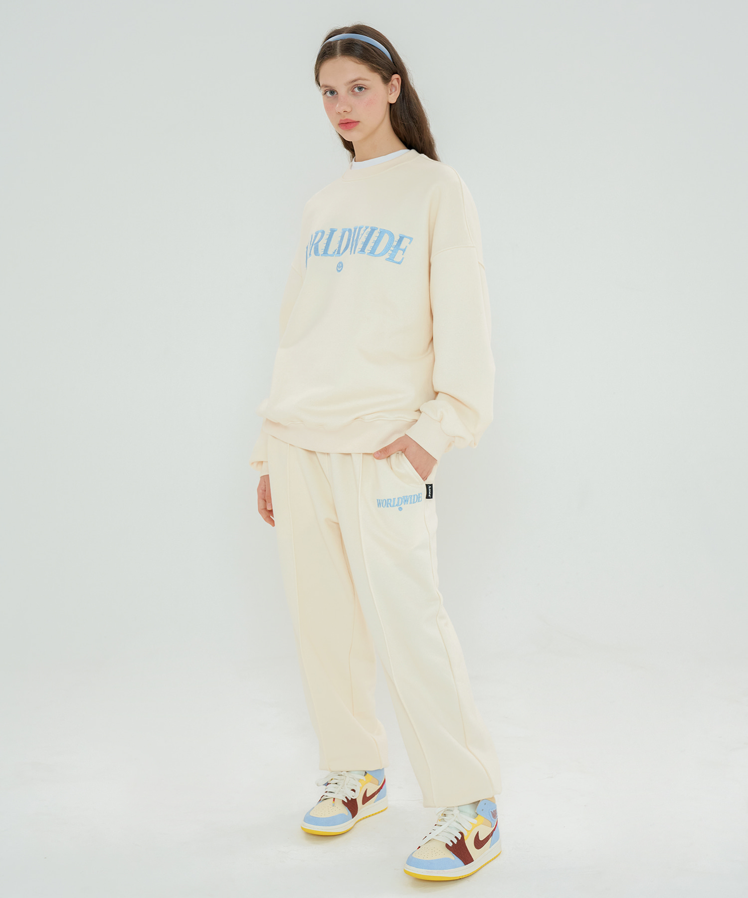 MOVING PINTUCK SWEATPANTS_IV